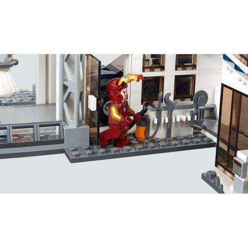 LEGO Marvel Super Heroes Битва на базе Мстителей