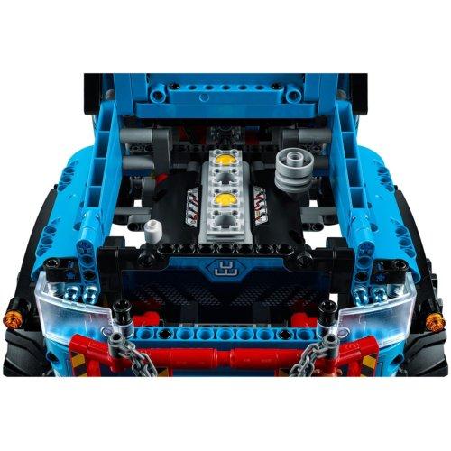 LEGO Technic Аварийный внедорожник 6х6