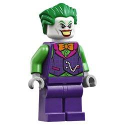 LEGO DC Super Heroes Бэтмобиль Погоня за Джокером