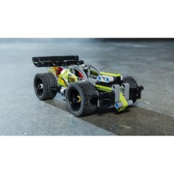 LEGO Technic  Зеленый гоночный автомобиль