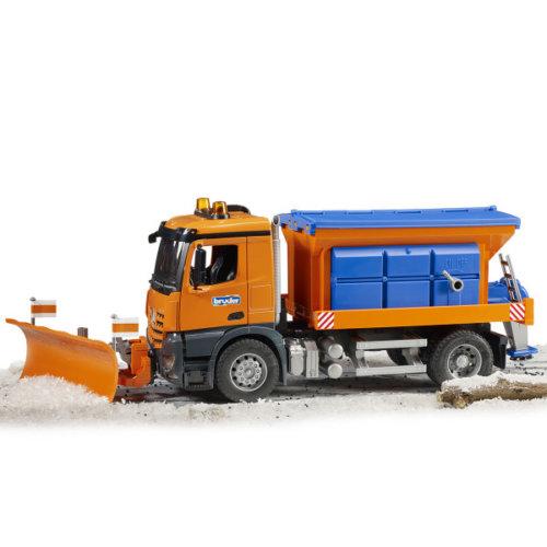 Bruder Снегоуборочная машина MB Arocs